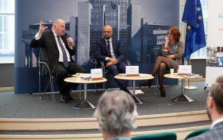 Karl-Heinz Lambertz und Ulrike Guérot im Gespräch mit Etienne Bassot