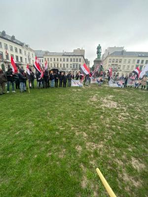Ahwazi Aktivisten auf dem Place Luxemburg vor dem Europäischen Parlament in Brüssel